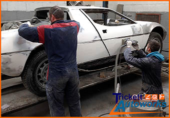 Classic Car - Sports Car bodywork spraying